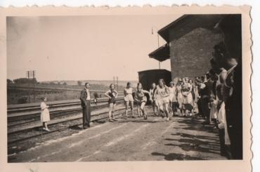 100 m Lauf 1935 in Unsleben am Bahnhof
